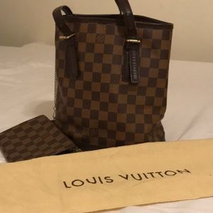 Handbags - Authentic Louis Vuitton Petit Bucket